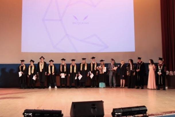 Глава Минстроя России поздравил с получением дипломов выпускников НИУ МГСУ