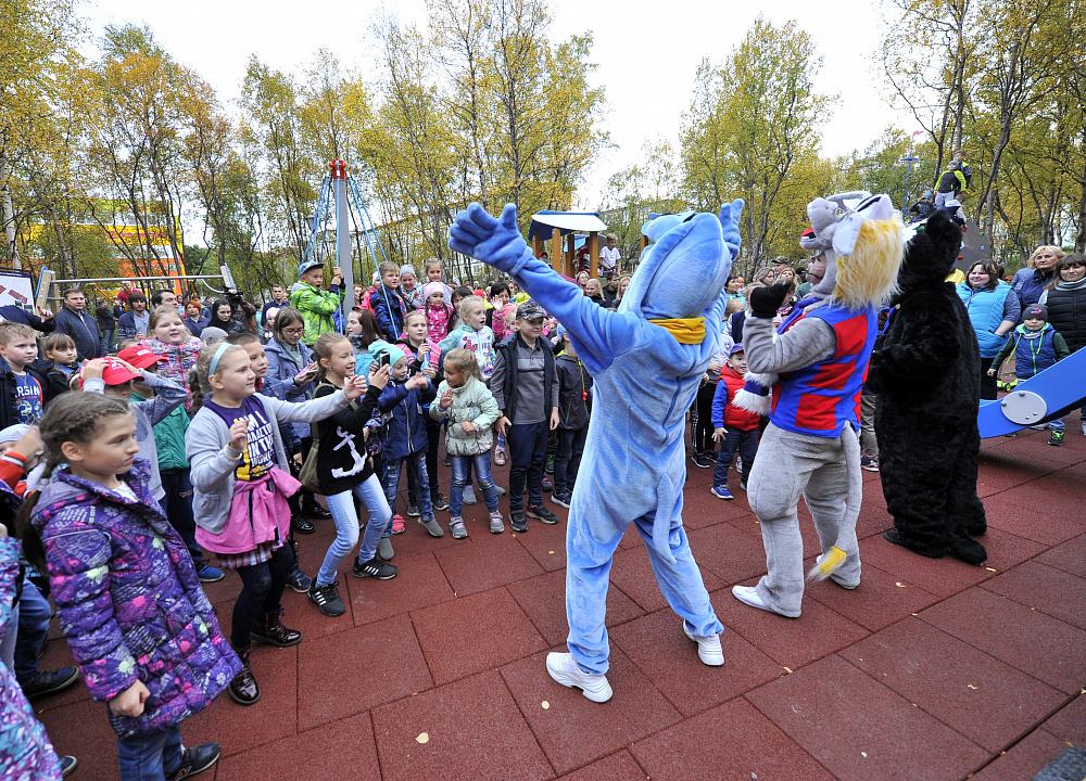 В Североморске Мурманской области появились детский городок и спортивная <br>площадка