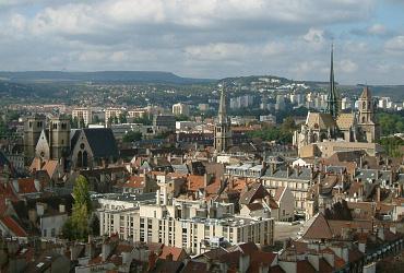 Россия и Франция обсудили актуальные подходы к городскому раз-витию