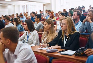 Первая в России онлайн-школа по созданию и развитию локальных сообществ «Точка сборки» начала свою работу