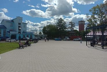 Привокзальная площадь в Данилове Ярославской области преобразилась благодаря нацпроекту
