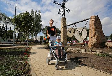 В Лебедяни Липецкой области благодаря нацпроекту появился новый сквер
