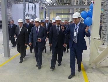 Глава Минстроя России открыл новый домостроительный завод в Новосибирске